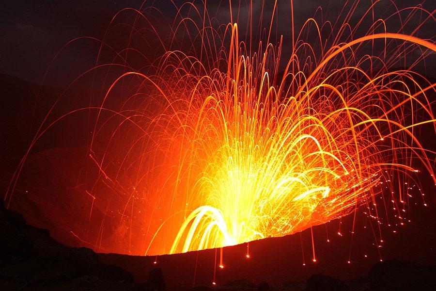 Strombolian Eruption Strombolian Eruption Yasur